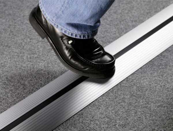 EVOline Bridge duct / cable tray / floor tray / 800mm / self adhesive-2116