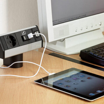EVOline Dock SMALL / 3x power / no clamp / Silver-2024