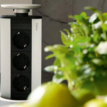 EVOline Port - popup tower - VDE 3 sockets - EVOlineStore