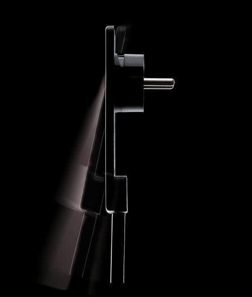EVOline Plug / Black-2077