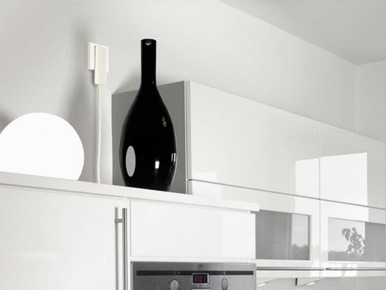 EVOline Plug / White-1845