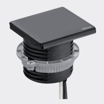 EVOline Square 80 / 1x power socket / 1x USB charger / Black-0
