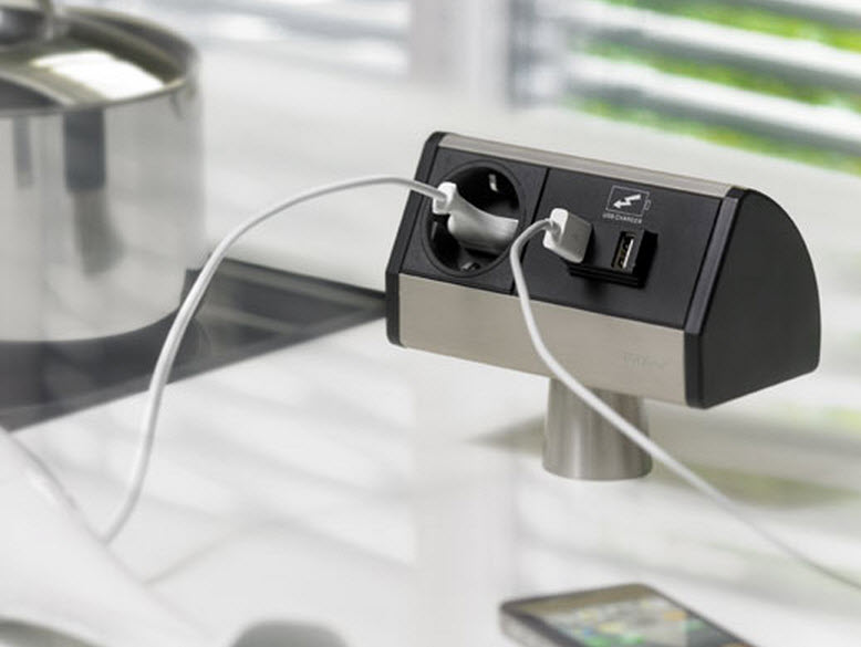EVOline T-Dock / 1x power socket / 1x USB charger / sides color alanox-2527