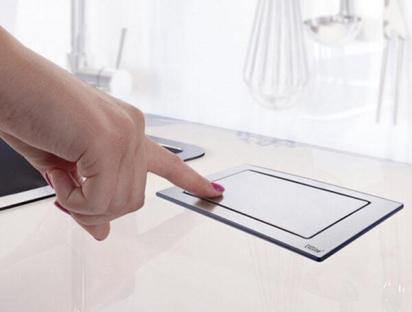 EVOline Backflip white glass top / 2x power socket / 1x USB Charger-3281
