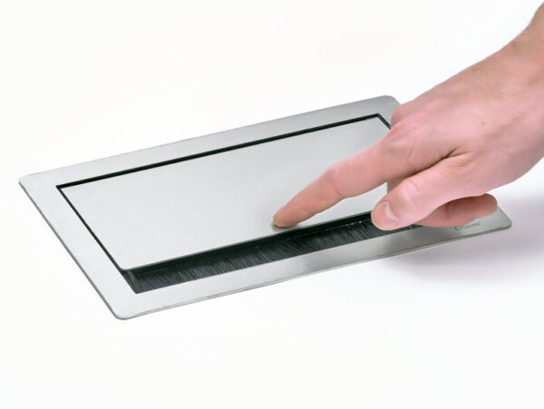 EVOline Fliptop Push S / Netbox 3x power socket / Black painted-3416