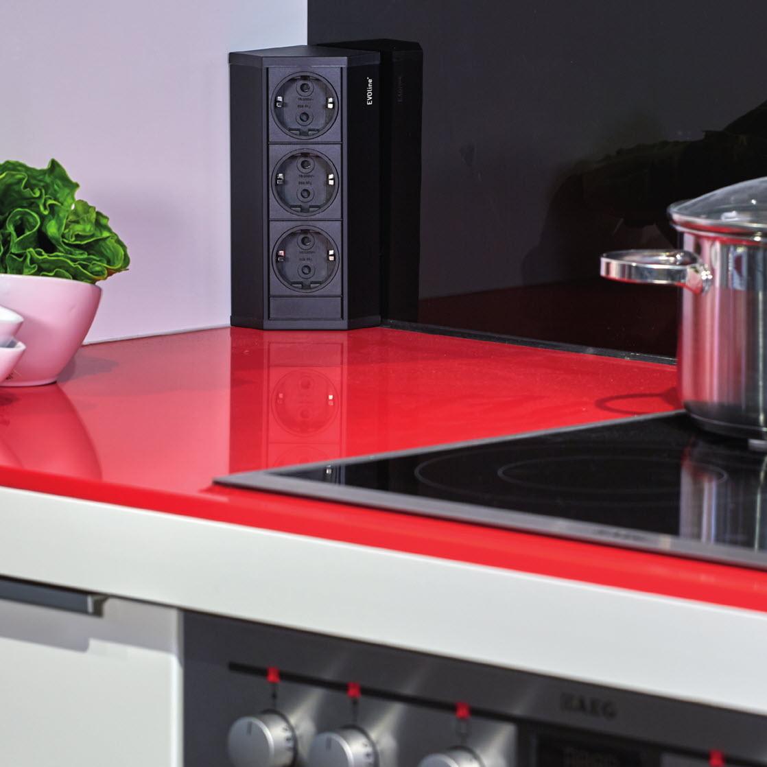 EVOline V-Dock in kitchen - EVOlineStore